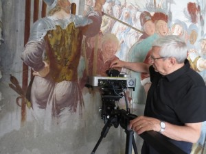Duetto 1 used in the field for analysis of a fresco in the Basilica of Sacro Monte di Varallo (Italy).
